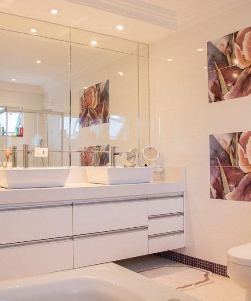 bathroom-1622403_1280-1024x682
